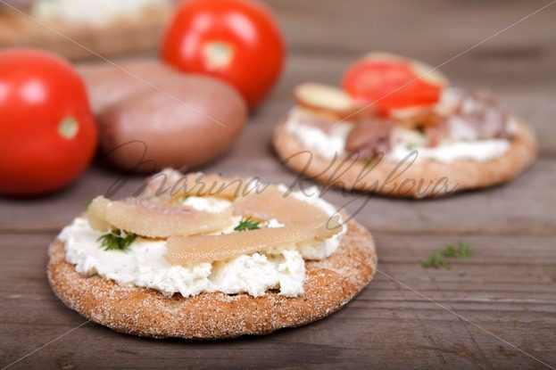 Herring caviar on the toast – Stock photos from around the world