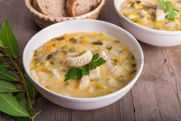 Bowl with Polish tripe soup – flaczki – Stock photos from around the world
