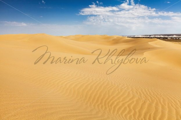 Desert Sands of Senek in the Kazakhstan – Stock photos from around the world