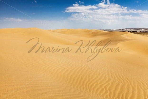 Desert Sands of Senek in the Kazakhstan – Stock photos from around the world