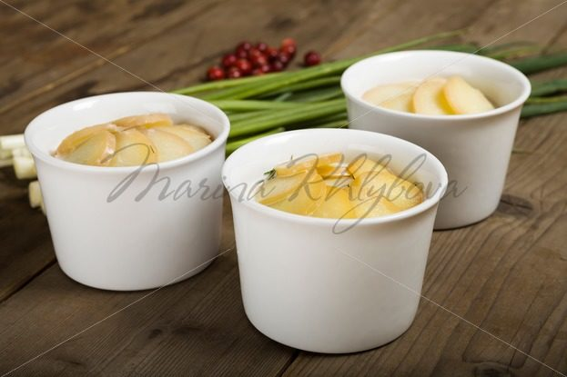 Three cups with luxudding – Stock photos from around the world